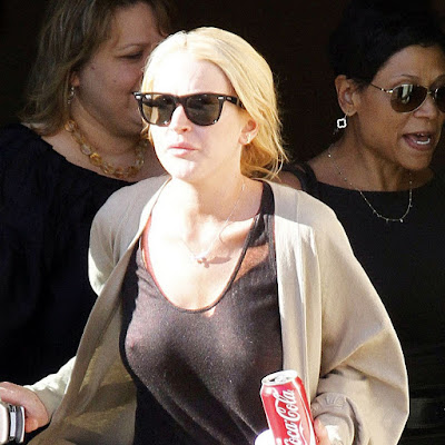 Lindsay Lohan Boobs In See Thru Shirt