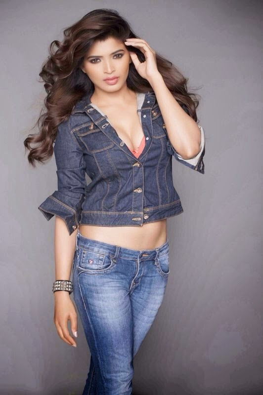 Sanchita Shetty Hot and Sexy Photos