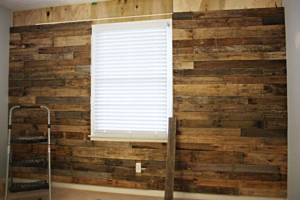 Cass co consulting blog by cassandra ericson reclaimed - Wooden pallet accent wall ...