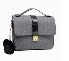 http://www.shopjessicabuurman.com/dlive-bobbles-embellished-shoulder-bag-p-7891.html
