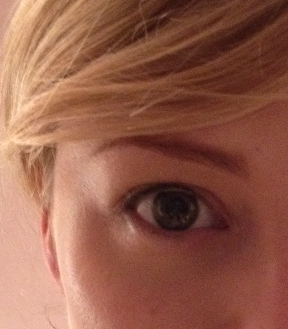 Eyebrow Tint And Shape At Benefit Brow Bar Late To The Party