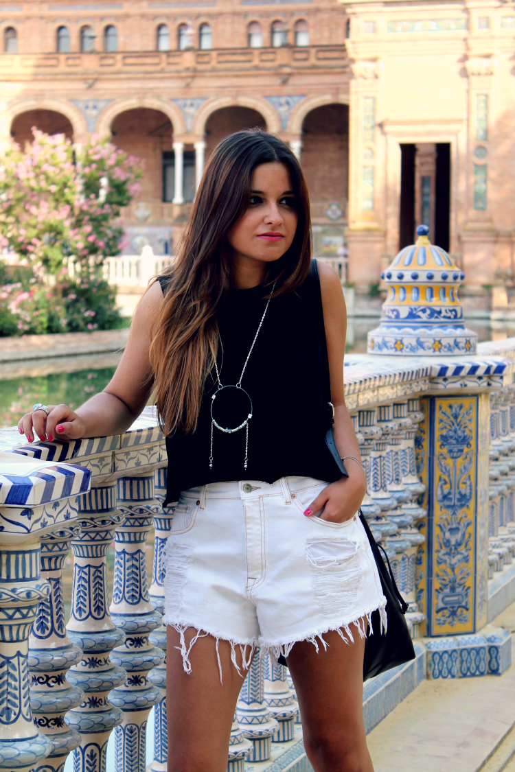 Sevilla look 1 blog de moda little black coconut - Bloguera de moda ...