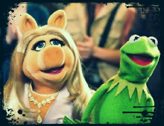 Kermit the Frog and Miss Piggy have broken up.