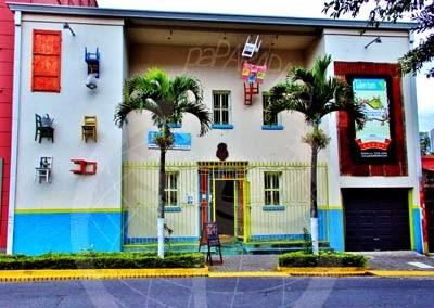 Café y galeria de arte Talentum en el Barrio de Amón. San Jose.
