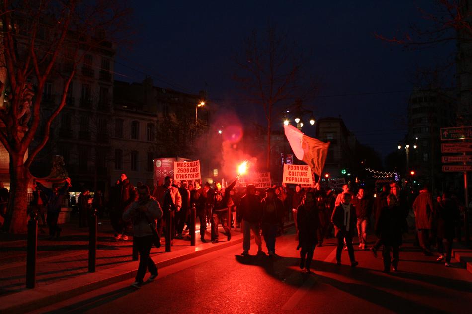 Le Mouvement en France . - Page 12 Clameur02