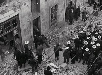 Las historias de doncel bombardeos a reos en la guerra civil espa ola la destrucci n de guernica - Fotografos en granollers ...
