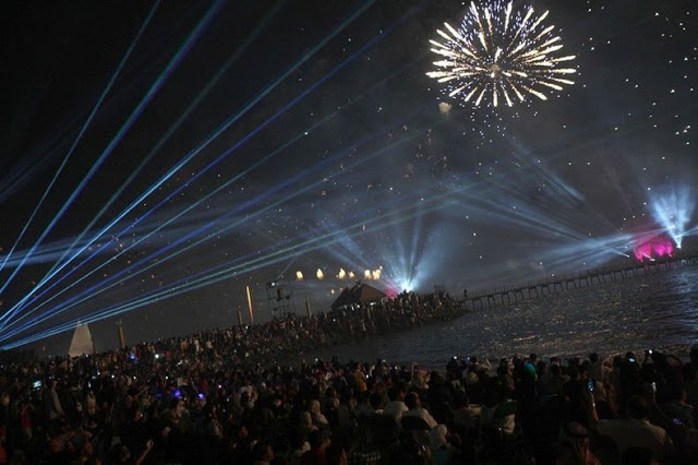 الكويت تدخل موسعة  جينيس بمهرجان الألعاب النارية 2012