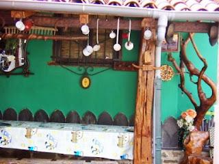 Langreo, La Nueva, El chigre de Xuaquina, terraza