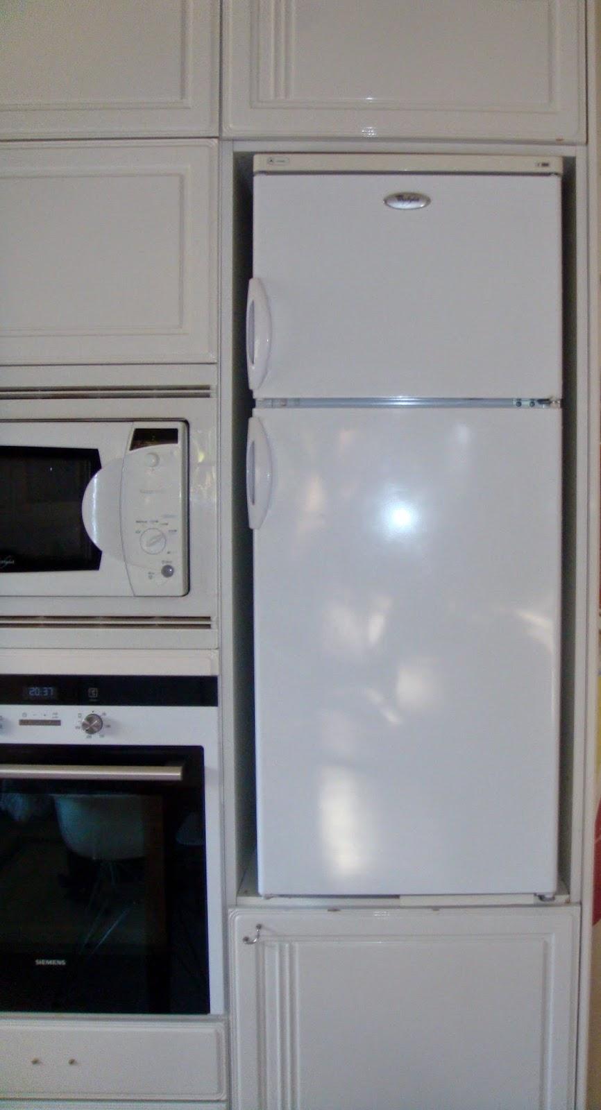 An unfitted fridge