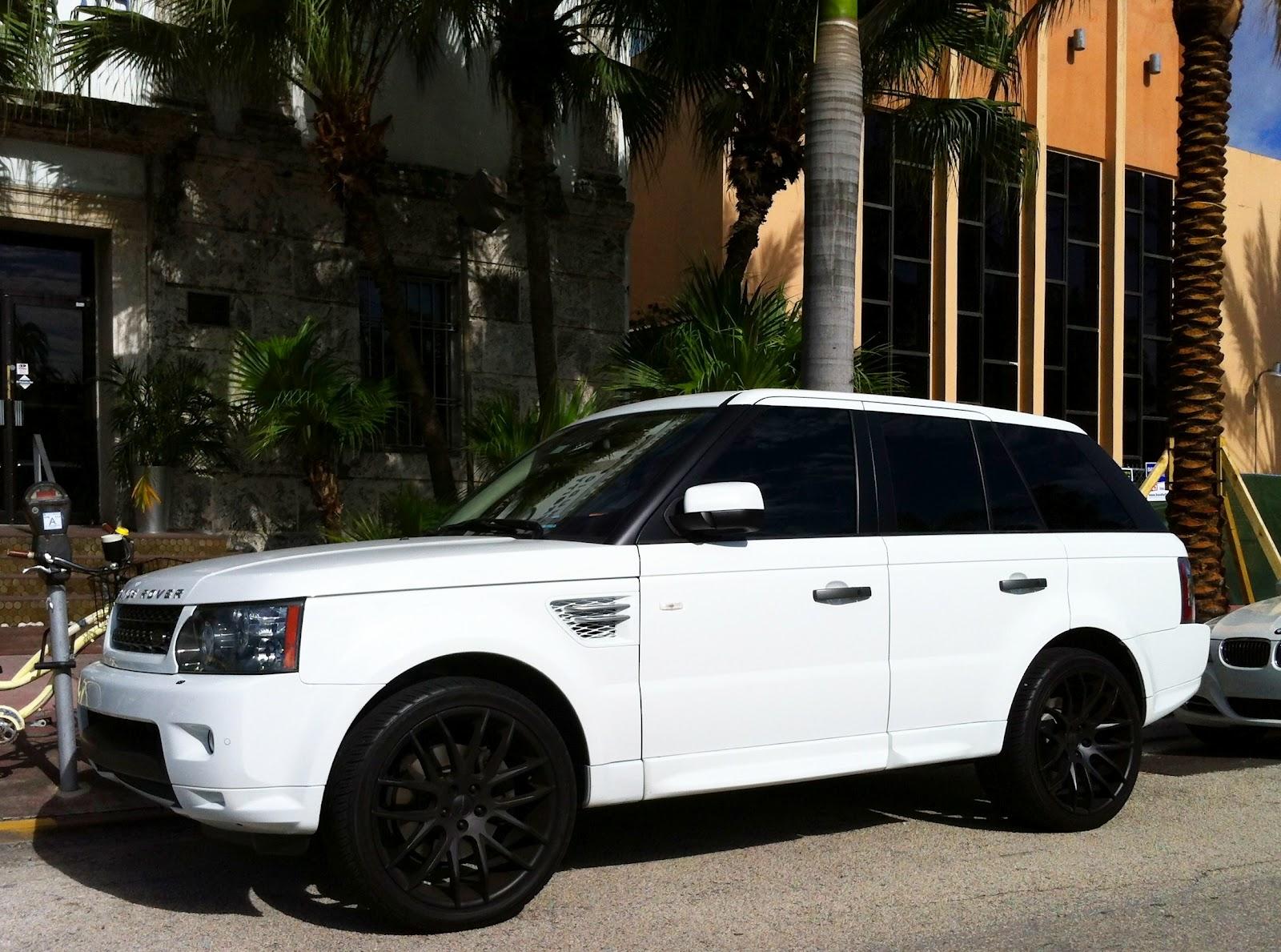 white range rover myautoshowroom. Black Bedroom Furniture Sets. Home Design Ideas