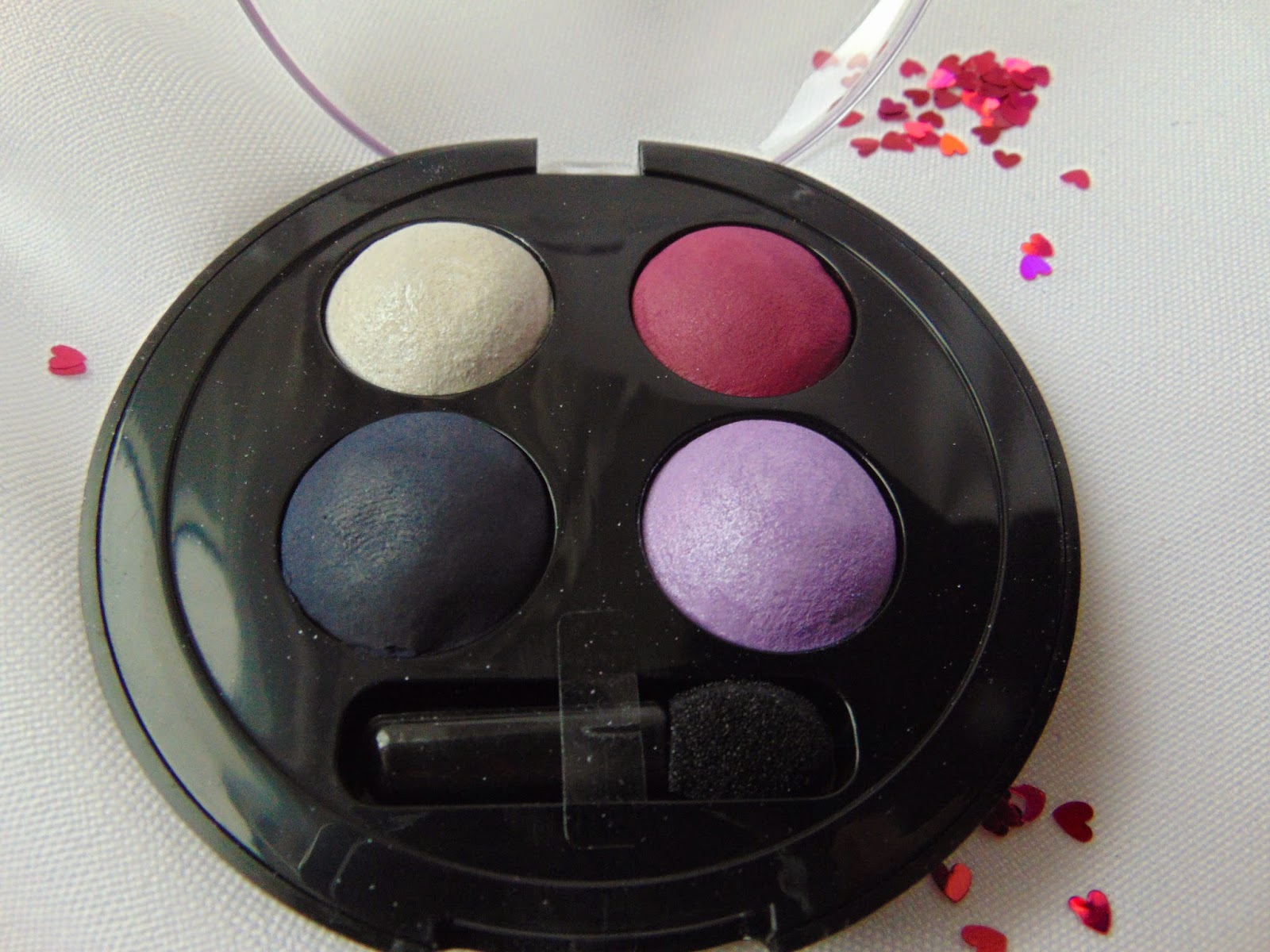 p2 Limited Edition: Just dream like - soft illusion quattro eye shadow - Story Telling - www.annitschkasblog.de