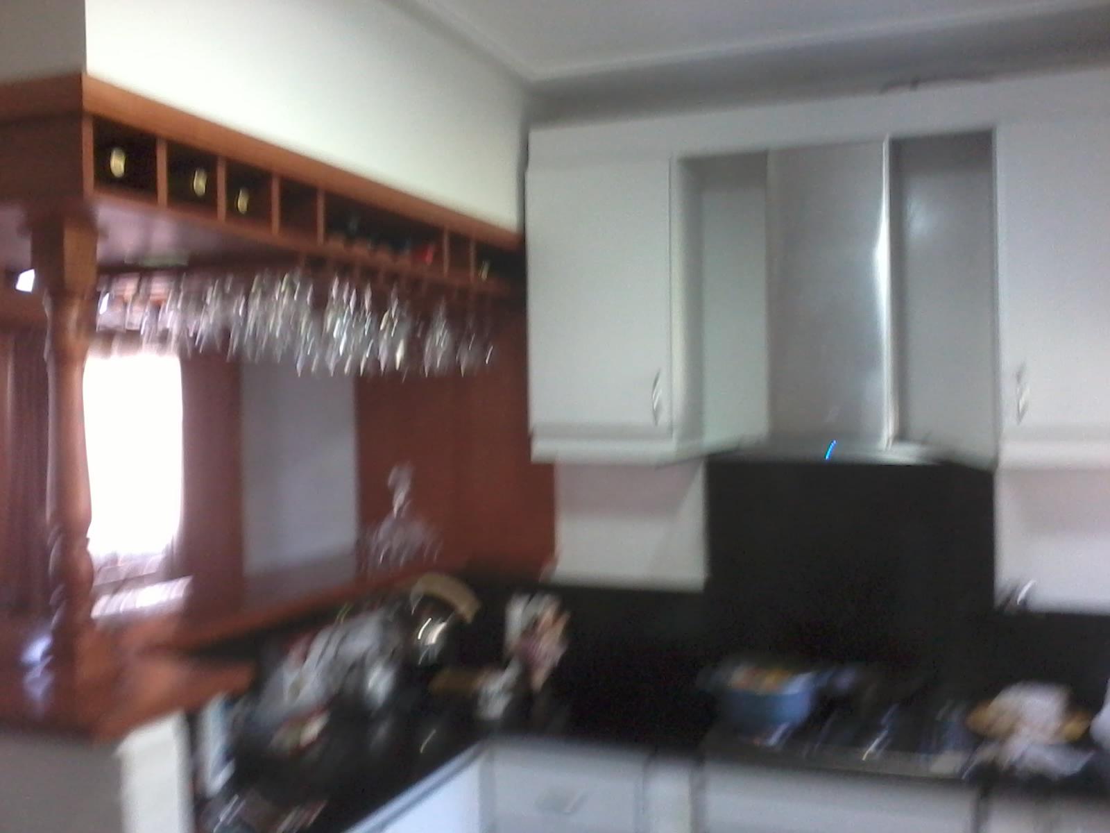 Carpinteria los tres amigos mueble de cocina con barra - Mueble barra cocina ...