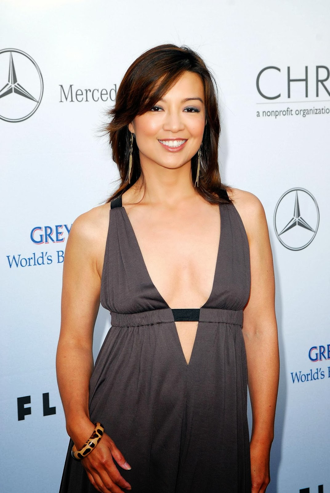 flawless and beautiful devastatingly sexy actress mingna