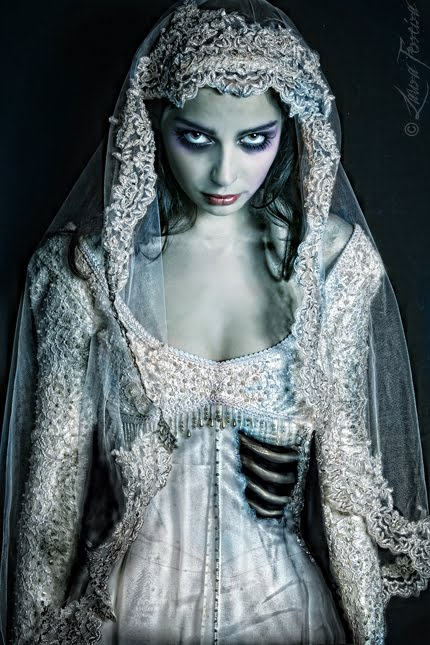 Corpse brides analogies aside, I was seduced ...