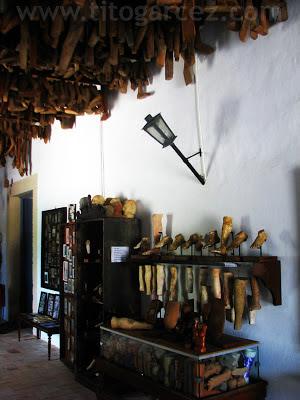 Peças do Museu dos Ex-Votos, na Igreja da Ordem Terceira, mais conhecida como Igreja do Senhor dos Passos, em São Cristóvão - Sergipe