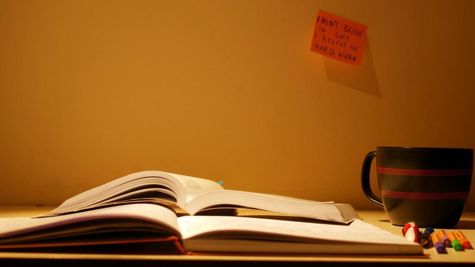 nauka koncentracja książki herbata