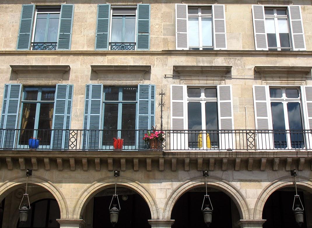 symmetry in windows