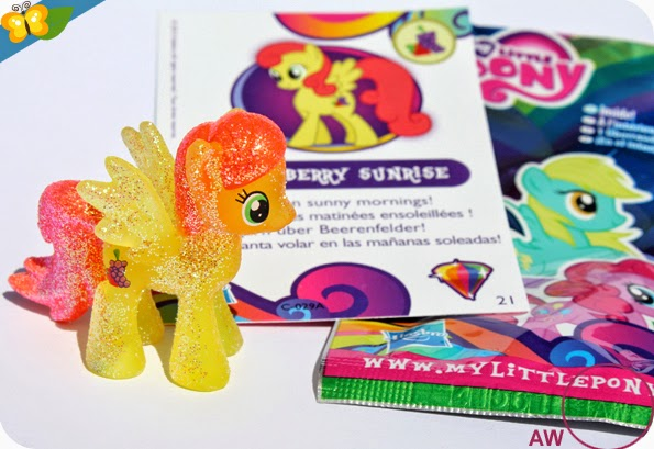 Code Figurine Strawberry Sunrise - My Little Poney - sachets mystère - série 10 - Hasbro