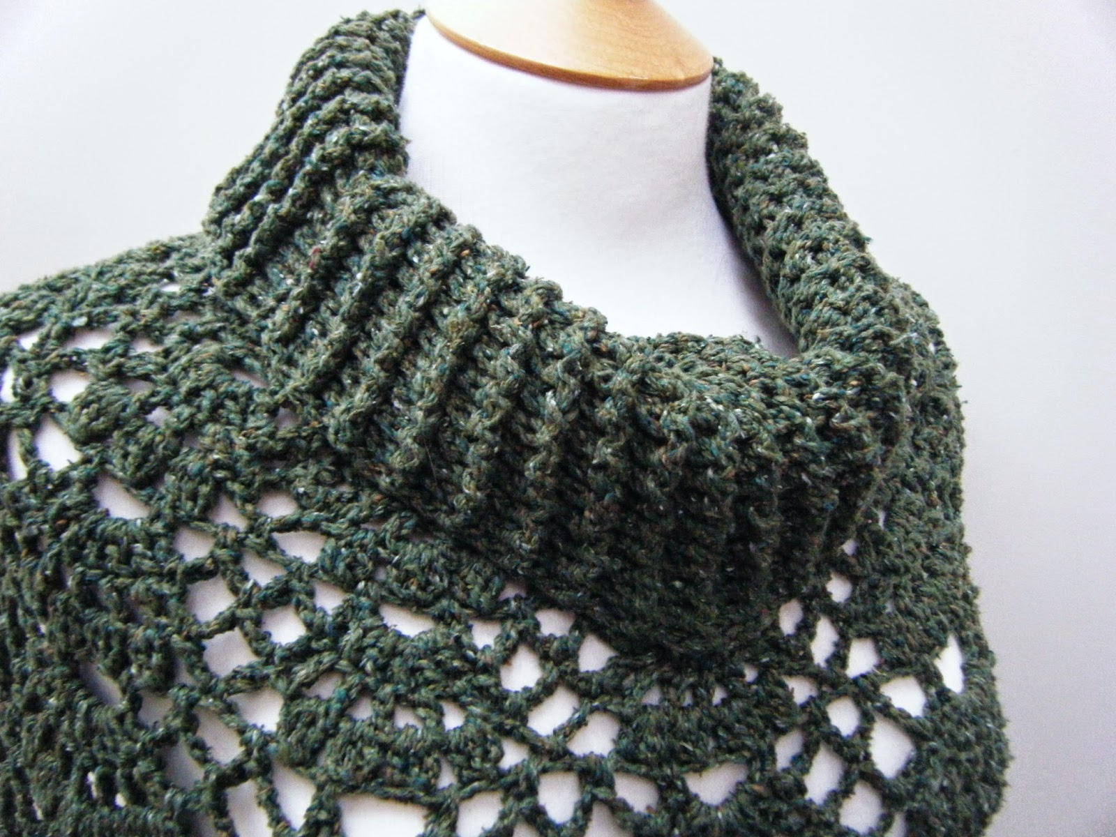 Free Crochet Patterns For Cowl Neck Poncho : Betsy Makes ....: Rustic Poncho