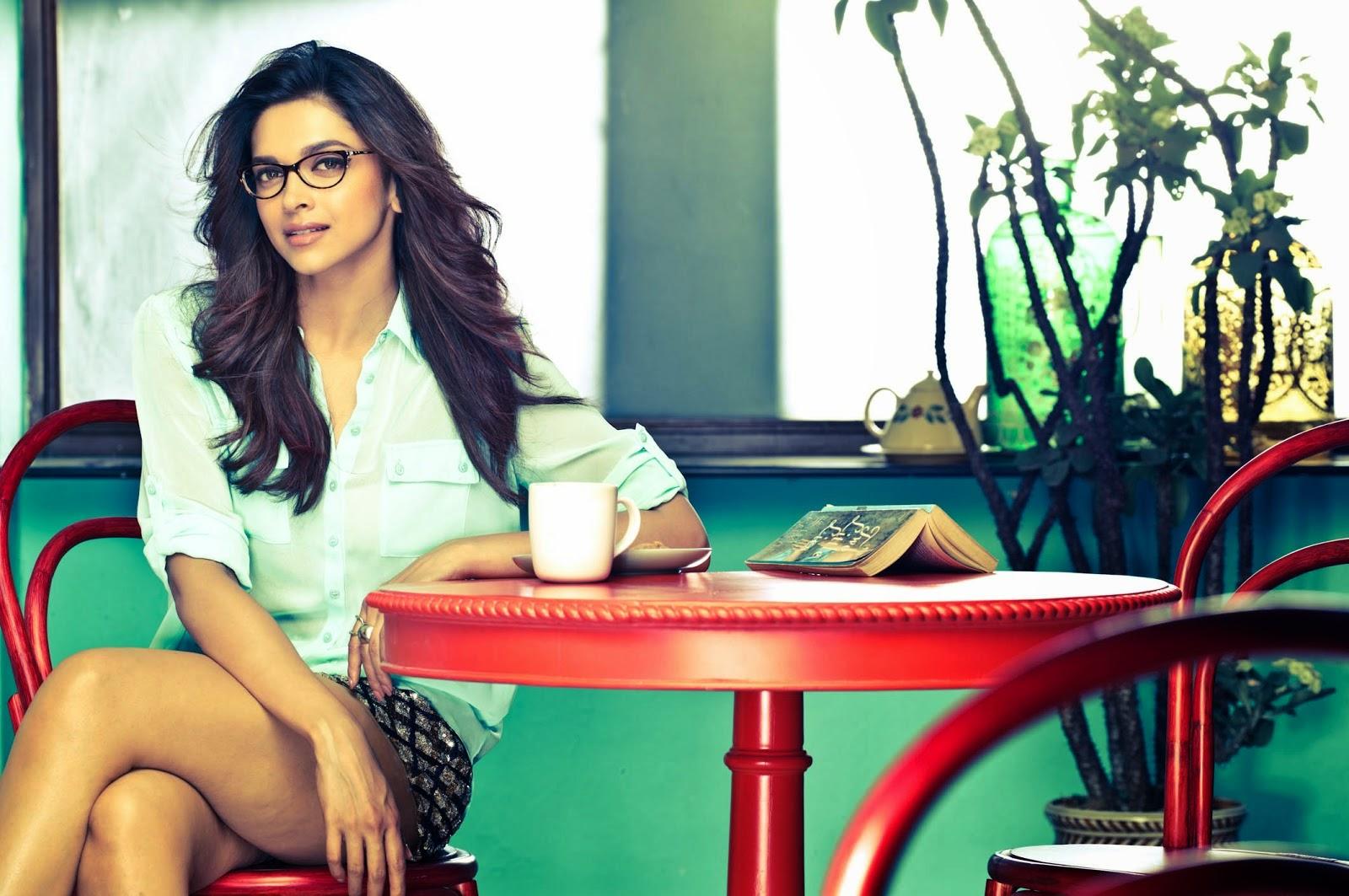 Deepika Padukone with Hot Sunglasses HD Photos and ...
