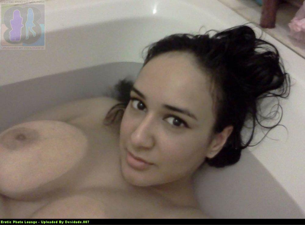nude chubby pakistani girls