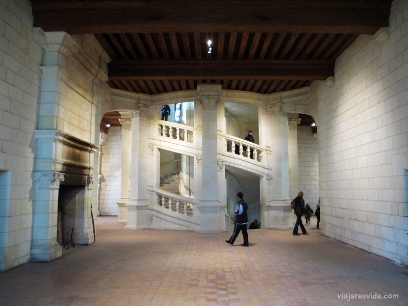 Viajaresvida - Escalera doble hélice del Château de Chambord