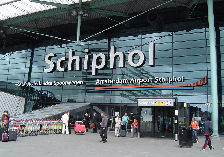 El Aeropuerto de Ámsterdam retoma su actividad tras el restablecimiento del suministro eléctrico