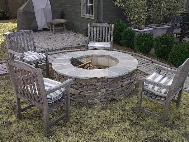 Glass Fire Pit Kits Some Fire Pit Kits Come With