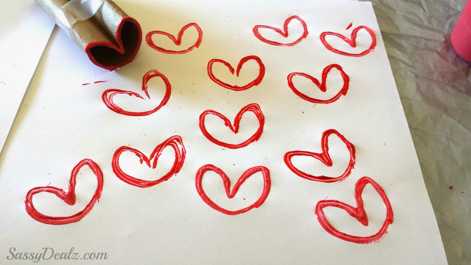 Diy heart stamp using toilet paper rolls kids valentines craft valentines heart stamp toilet paper roll jeuxipadfo Gallery