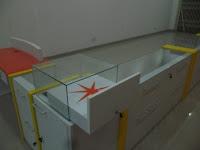 furniture interior semarang etalase display pajangan toko handphone smartphone06