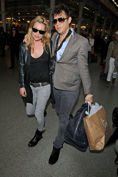 Hot Celebrity Couples 2011