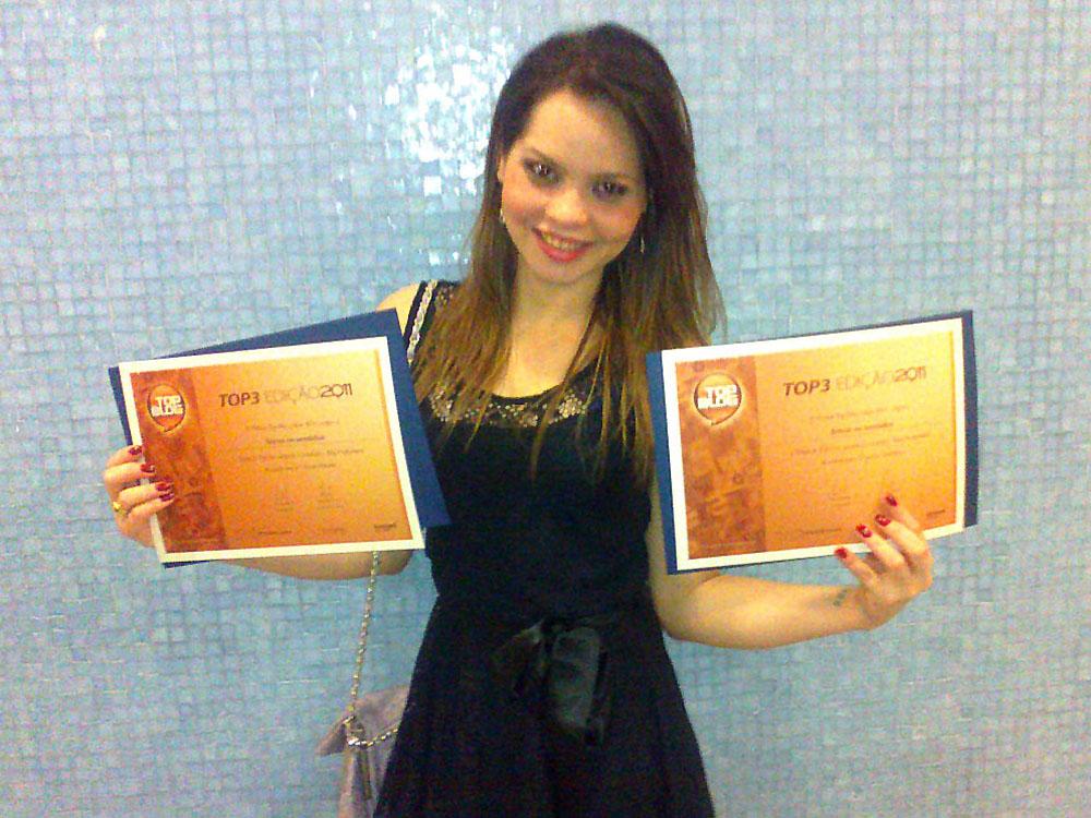 Gabriela Silva (colunista do Ativar Sentidos) na entrega do Prêmio TOPBLOG 2011