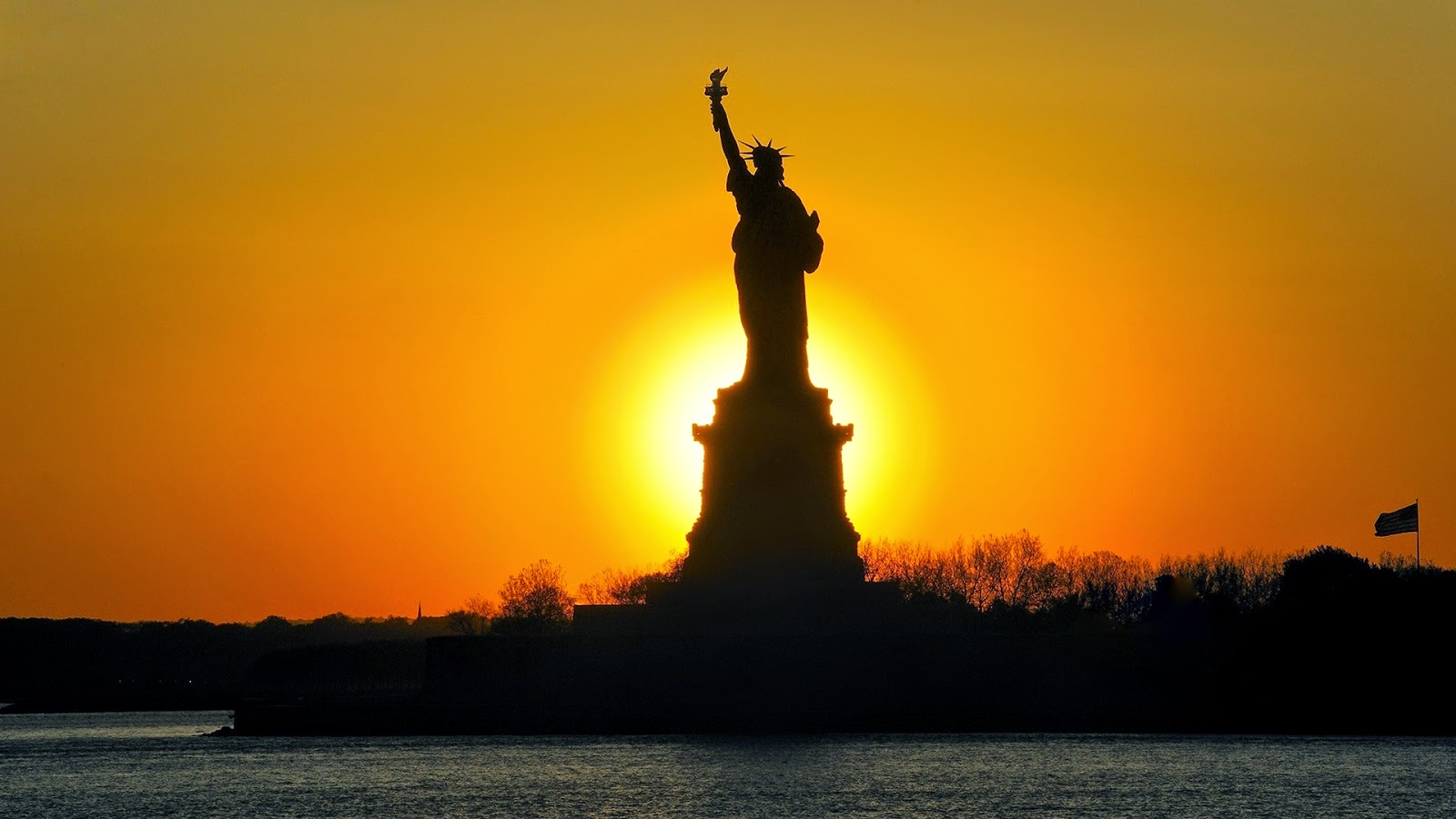 Statue Of Liberty Sunset HD Wallpaper