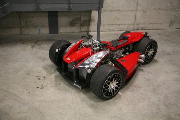 in moto Lazareth Wazuma V8F