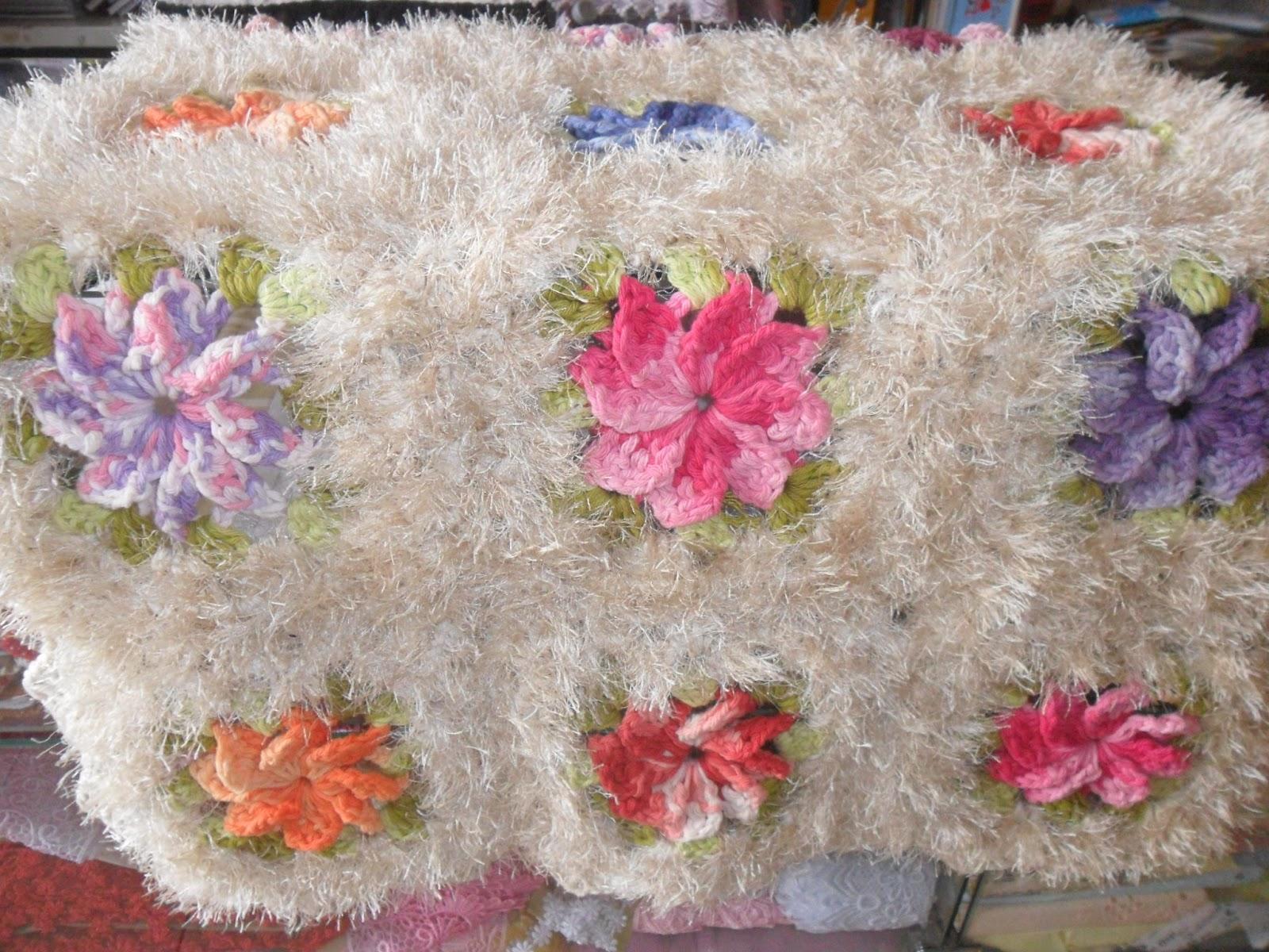 Amor de joaninha atelier virtual tapete de barbante for Tapete floral