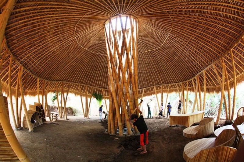 Bamboo pillar with circle roof construction architecture design