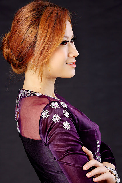 Myanmar Model Girl - Nicole