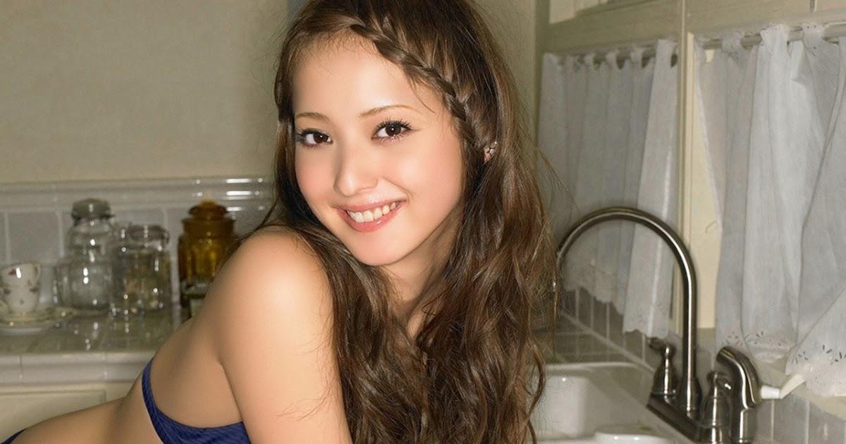 Photo Gallery Nozomi Sasaki Hot Girl Bikini
