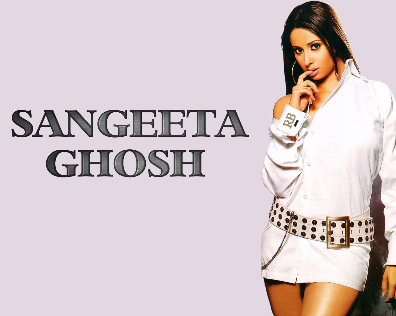http://3.bp.blogspot.com/-nLRPYn8VsvQ/ThrXWfGkWGI/AAAAAAAAFaY/vlbpuu2U_S8/s1600/Bollywood+Actress+super+Wallpapers20.jpg