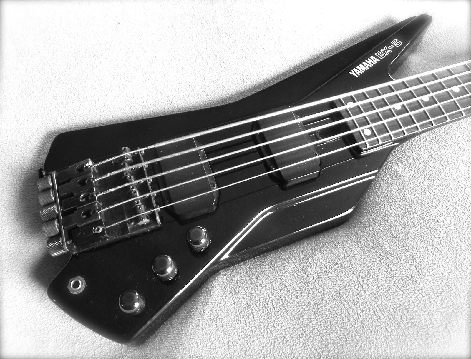 Yamaha Bx  Headless Bass