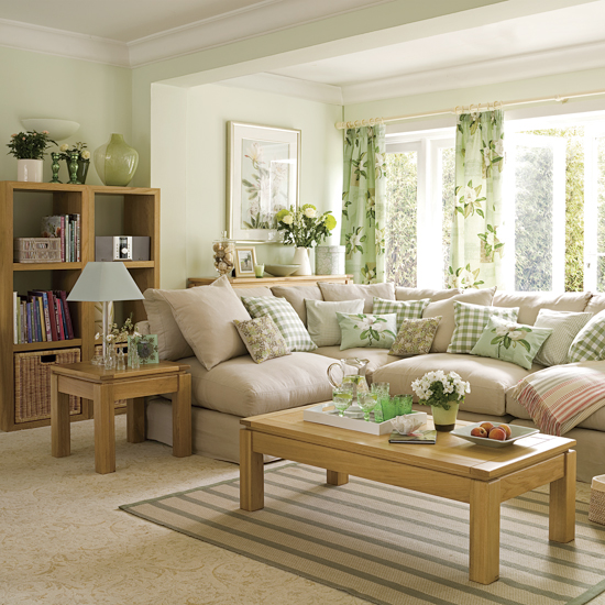 Decorating living room with mint green 2013 color fashion Green colour living room
