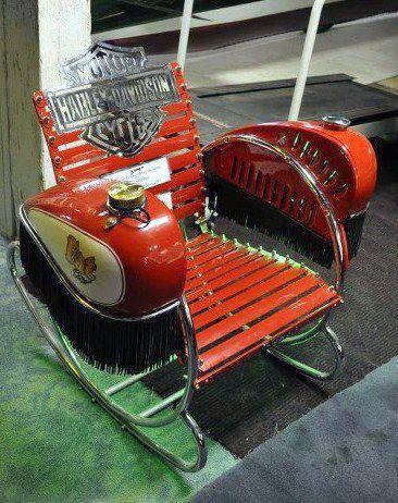 Just a car guy a cool homebuilt harley lawnchair for Auto p garage roussillon