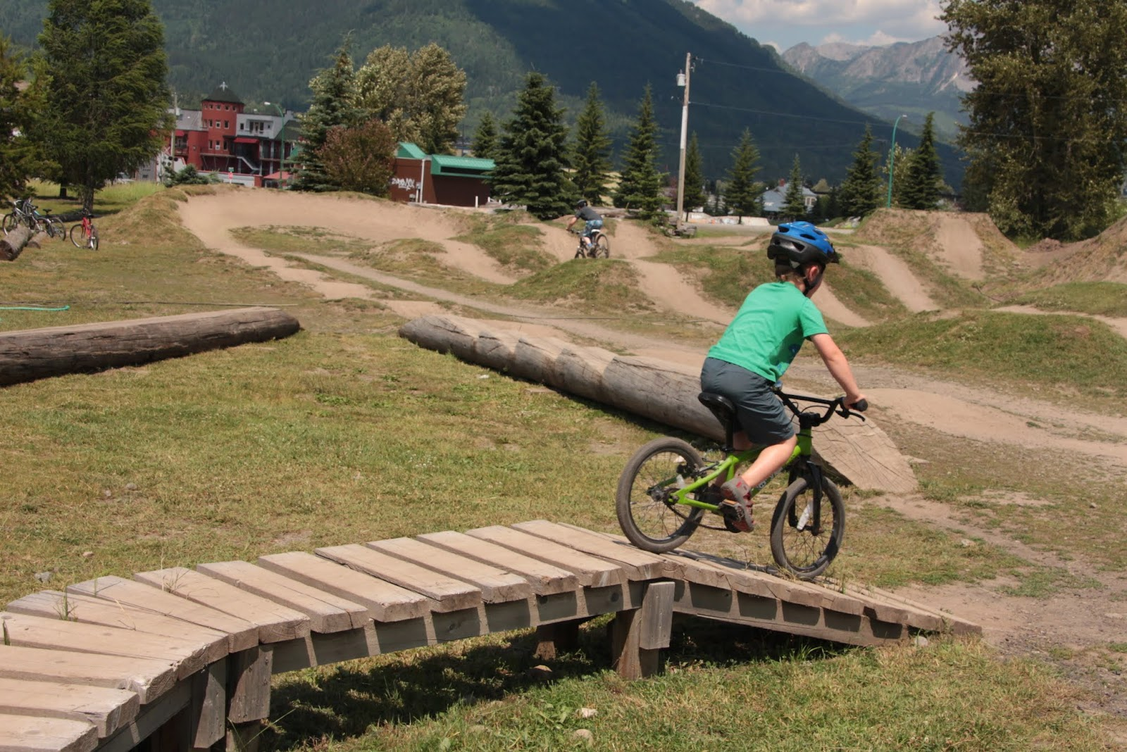 Family Adventures In The Canadian Rockies The Best Family Bike