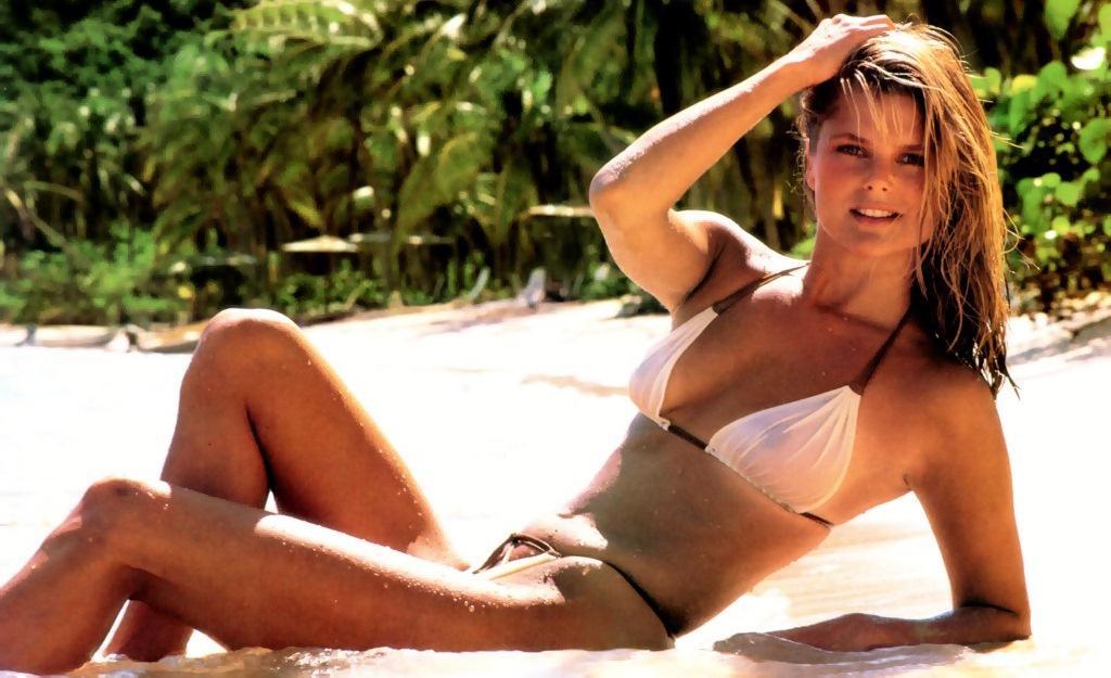 Christie Brinkley: Betrender Bikini-Body mit 60 - WEBDE