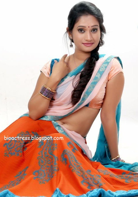 Priyanka Pallavi hot and sexy half Saree Sexy Pics showing navel