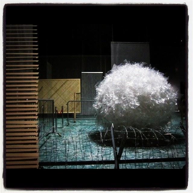 mostre di arte contemporanea gratis a milano: Cildo Meireles in Hangar Bicocca