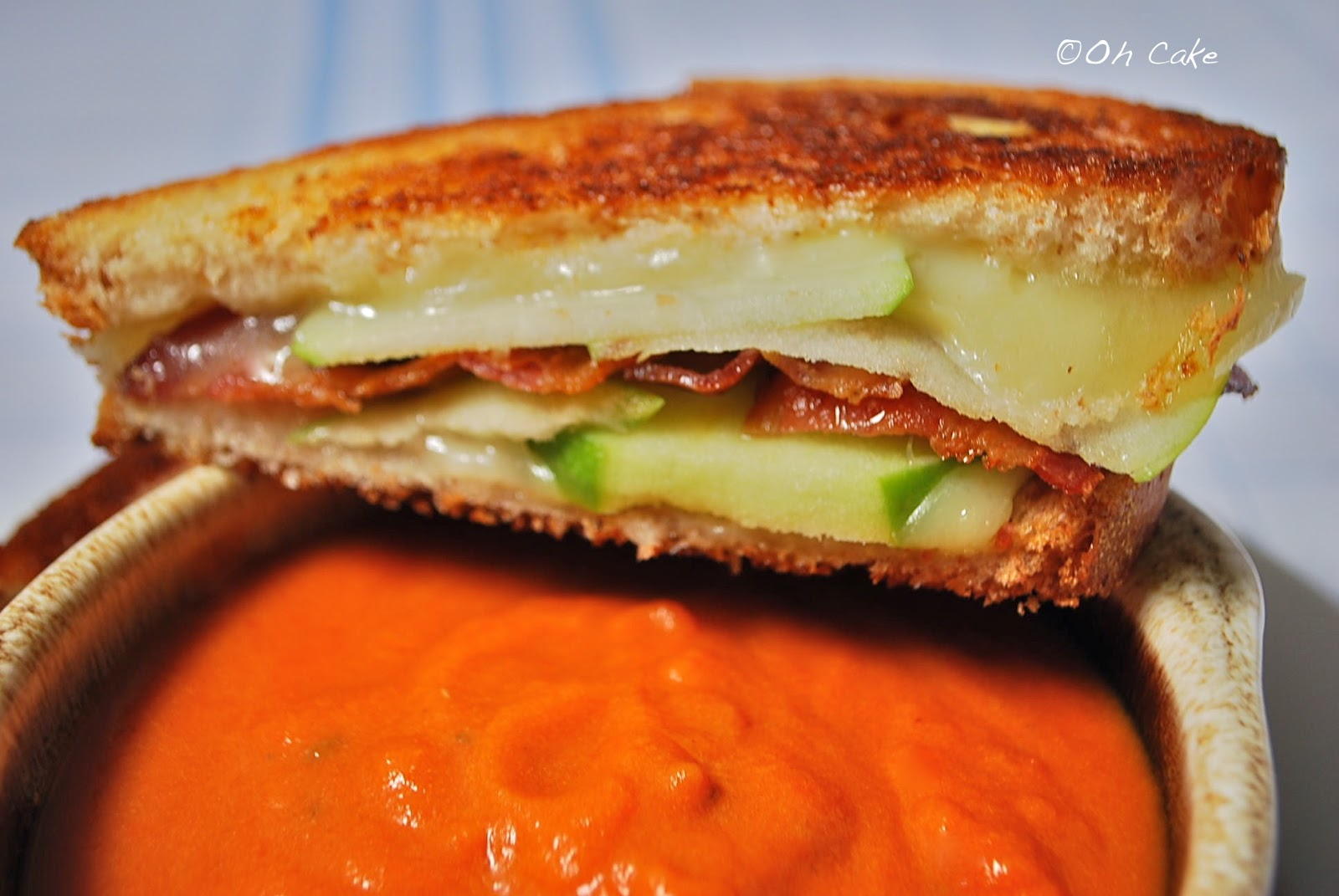... Cake: Roasted Pepper & Tomato Soup with Bacon & Apple Grilled Cheese
