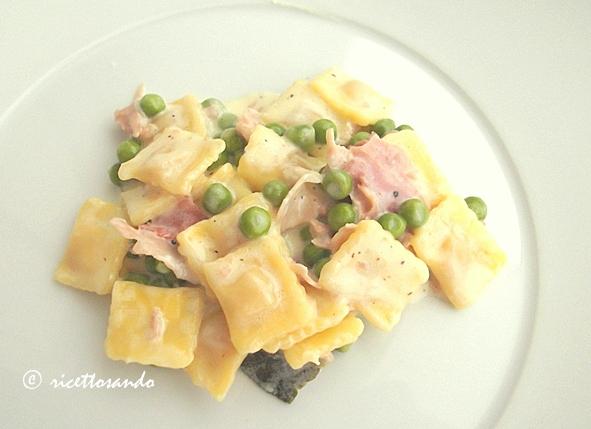 Raviolini panna prosciutto e piselli ricetta primi piatti di pasta ripiena