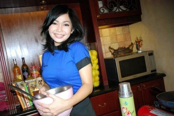 5 Chef Cantik dan Hot di Indonesia - hajingfai.blogspot.com