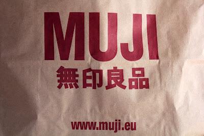 Minimal shopping da MUJI